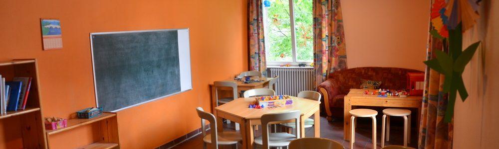 Im Kinderraum finden verschiedene Kreatkvangebote statt