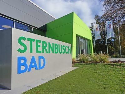 Freitags geht es zum Schwimmen im neuen Sternbusch-Bad